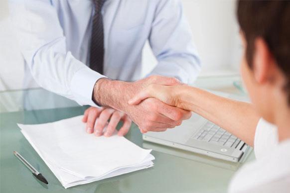 סגירת עסקה עם משקיע